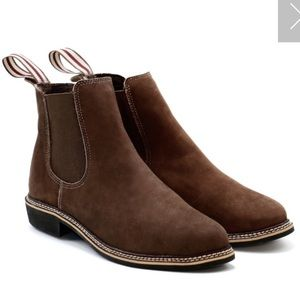 Leather Chelsea boots by De Wulf